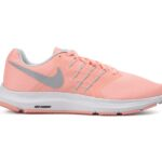 Wmns Nike Run Swift, Bleached Coral/Wolf Grey-Pure, 44,5